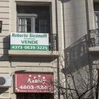 Una pareja necesita quintuplicar sus ingresos para pagar el crédito hipotecario de un departamento de tres ambientes